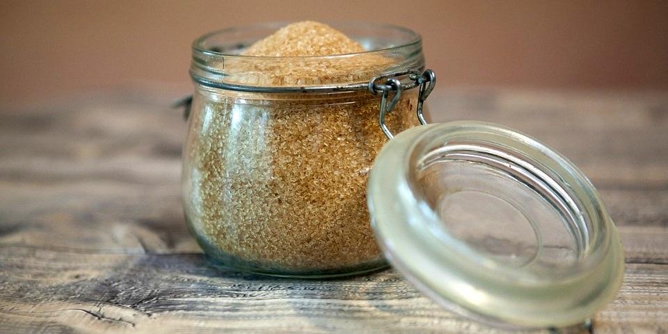 Що таке цукор з точки зору науки про харчування і як наш організм з ним взаємодіє