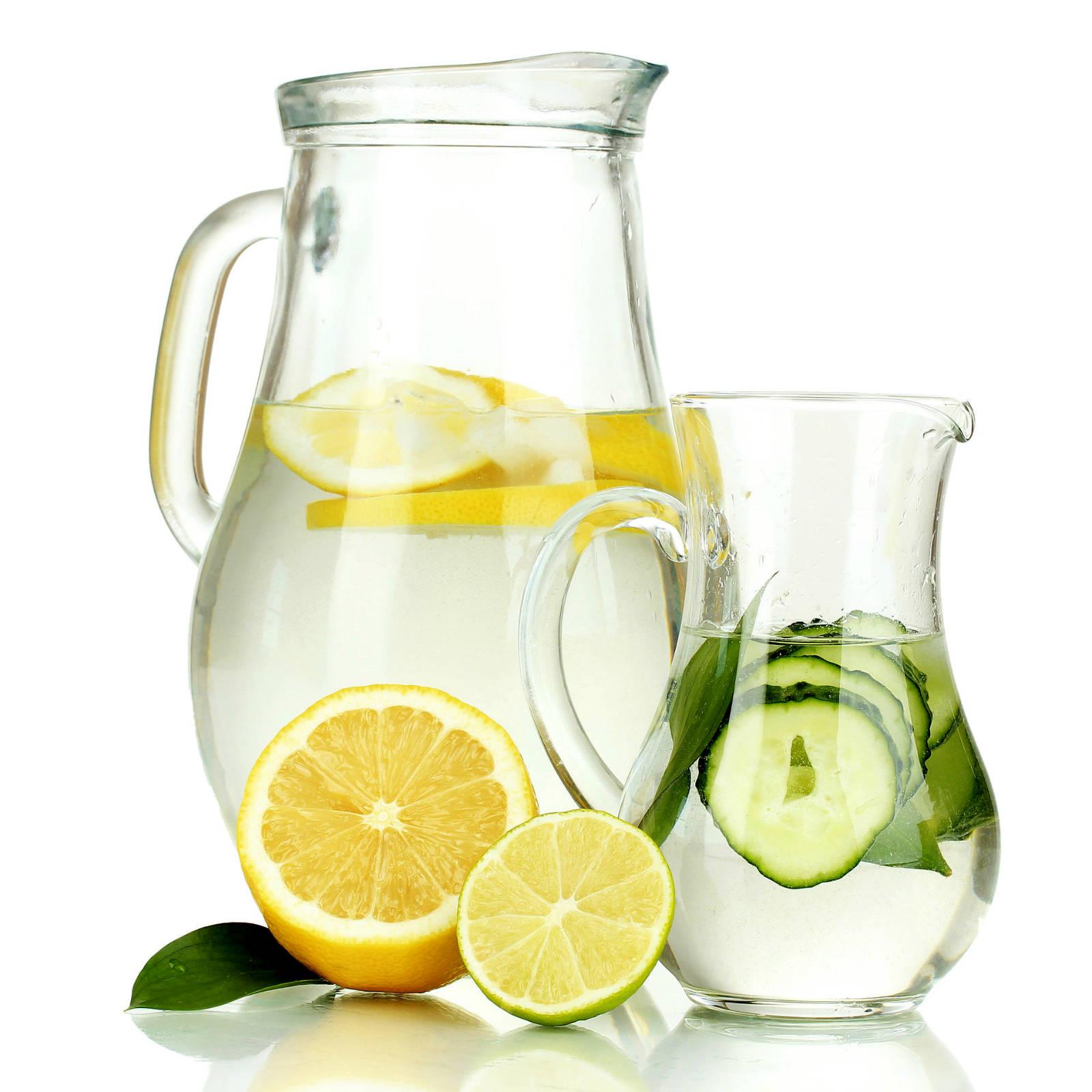 Топ-6 напоїв для схуднення та очищення організму