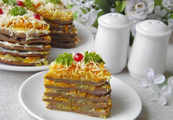 Дієтичний печінковий торт