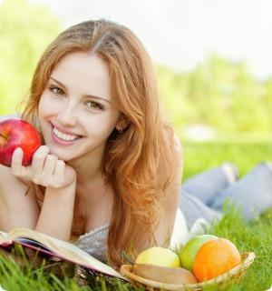 Красива шкіра обличчя залежить від харчування