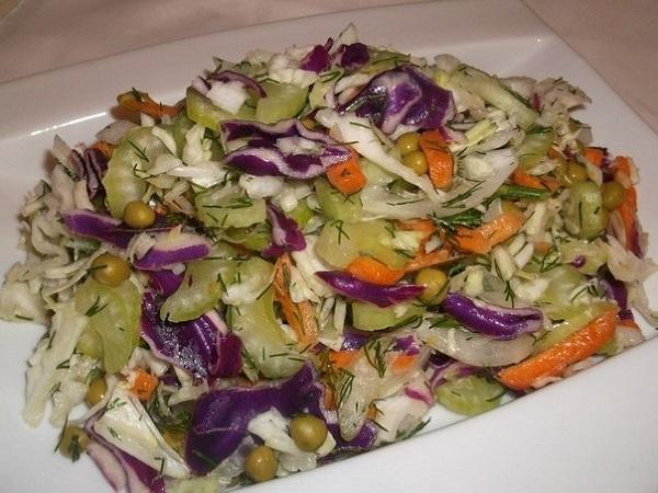 Корисний салат для тих, хто на дієті
