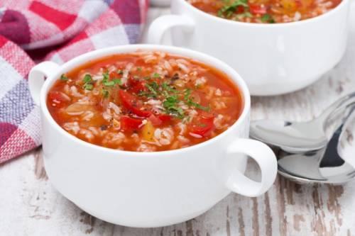 Овочево-томатний суп з рисом