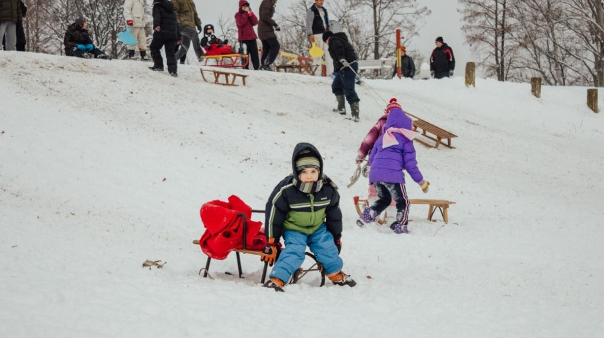 Щось зимно: що слід знати про переохолодження й обмороження та як від них захиститися