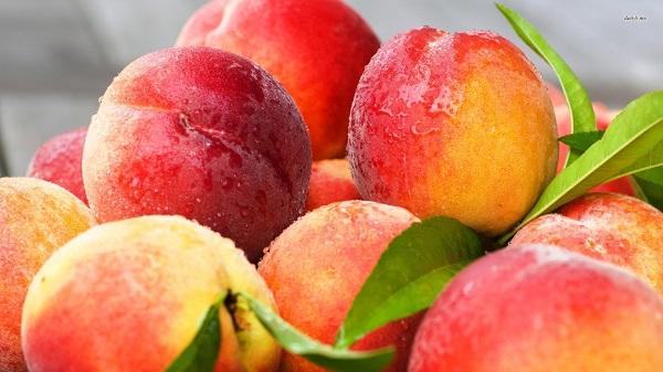 Чим корисні персики?