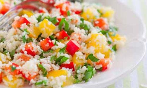Салат з пшона з перцем та зеленню