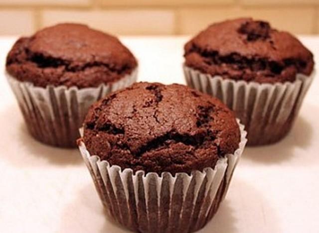 Низькокалорійні шоколадні кекси за 1 хвилину