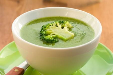 Суп-пюре з броколі