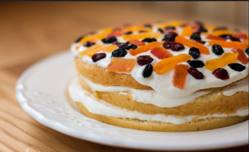Дієтичний торт з сирним кремом