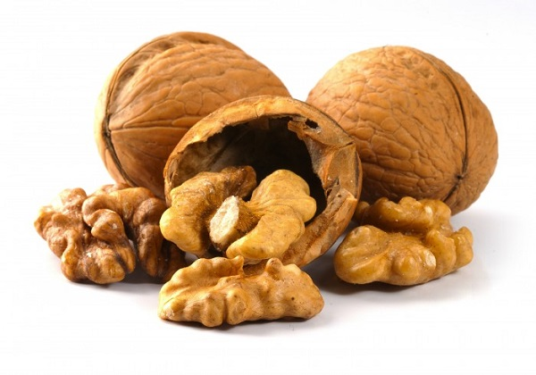 Корисні властивості волоських горіхів